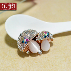 Music for Korean female Crystal brooch pin jewelry Korea retro-grade mushroom brooch new year gift