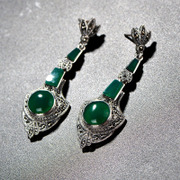 Thai silver inlaid natural green agate earrings 925 Thai Thailand imports Palace retro decoration of Tremella fuciformis Berk women new