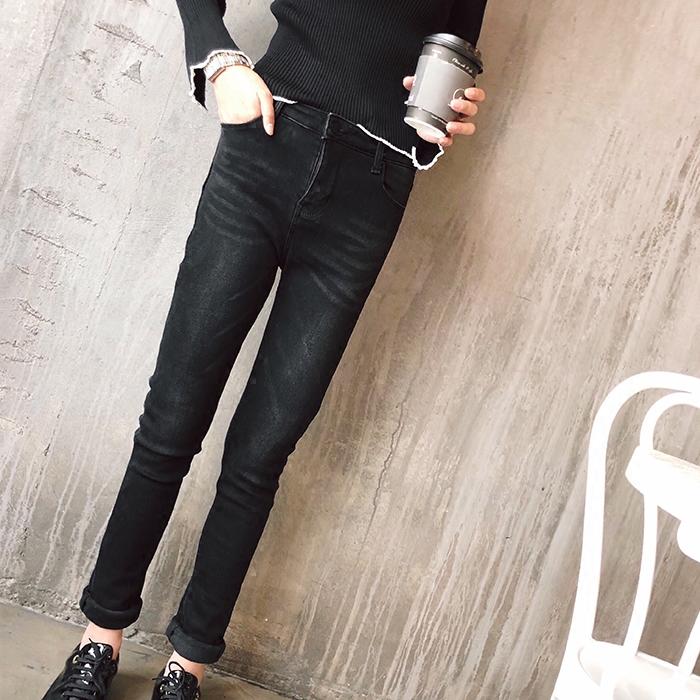 杨小蹦 冬装黑色加绒小脚裤复古显瘦加厚弹力牛仔裤铅笔裤子 女