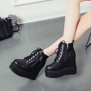 Increase the slope in the autumn and winter with the mid-heeled boots thick bottom sponge cake Martin boots super high heels female ins tide wild short boots