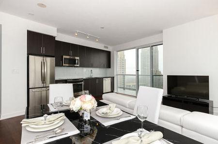 格兰德皇家公寓式客房 - 多伦多