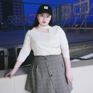 大码女装2018春夏新款韩版胖mm加肥加大码挂领镂空性感长袖打底衫