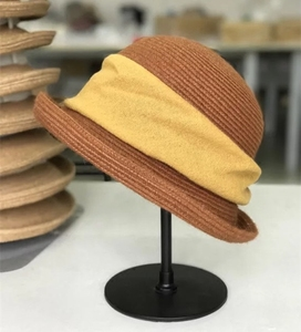 Japanese counter synchronization spring and autumn models ladies knitted cotton and linen belt basin hat small hat elegant wild high quality