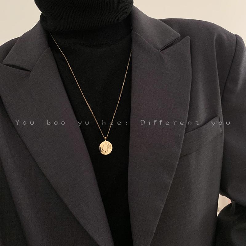 轻奢小众项链女2021年新款潮秋冬长款毛衣链简约设计感吊坠配饰