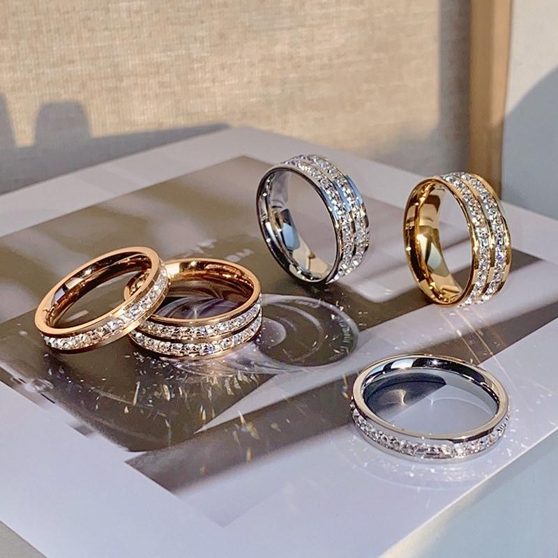 满天星戒指女小众设计情侣对戒满钻钛钢戒指女ins潮冷淡风食指环