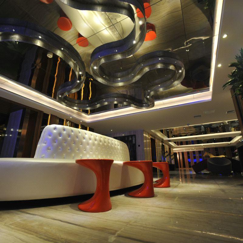 高悦酒店(重庆观音桥步行街店)丨迂磁器口古镇长江索道洪崖