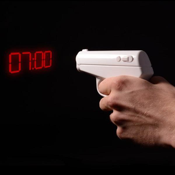 英国Thumbs Up!创意特工手枪造型闹钟 夜光静音007投影时钟 礼物