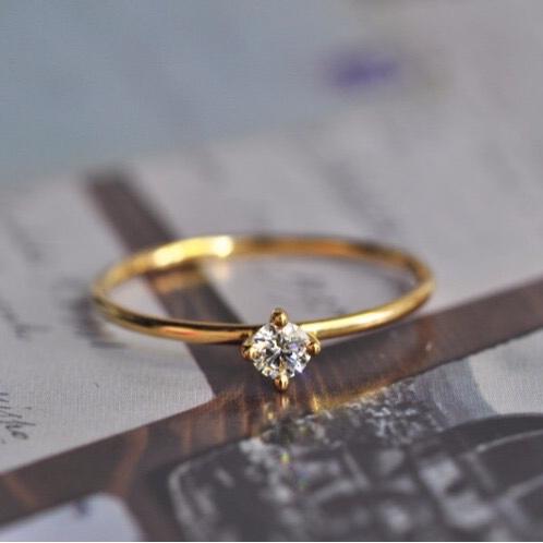 小清新钻戒小钻18k金黄迷你心意情侣小钻石戒指女莫桑人工钻正品