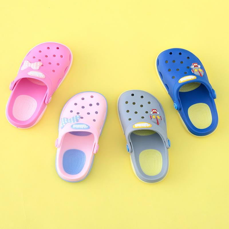 儿童洞洞鞋男童拖鞋女童沙滩鞋中大童凉鞋夏季浴室宝宝可爱花园鞋