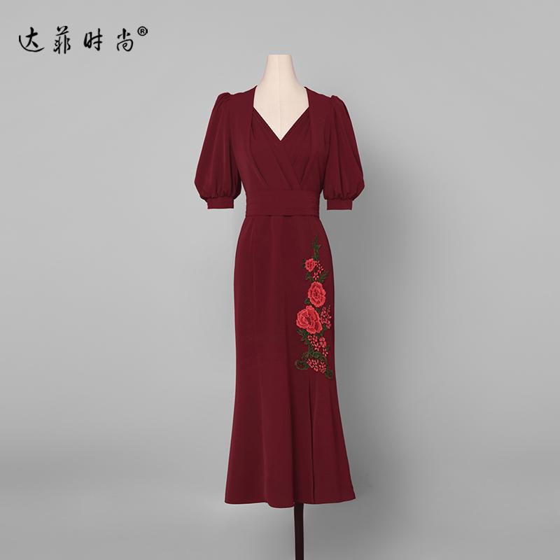 夏装2019新款女装红色性感长裙气质修身裙子显瘦中长款鱼尾连衣裙