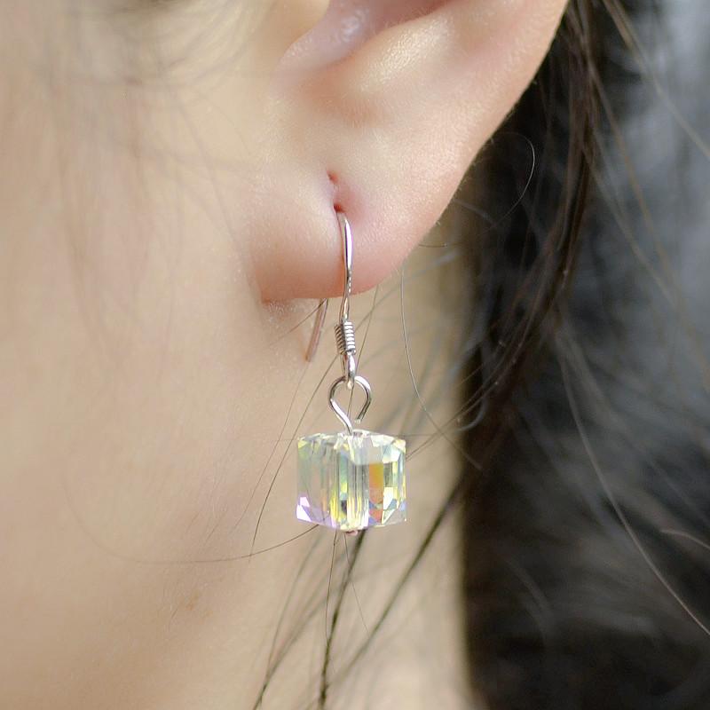 S990足银耳环耳钉女网红纯银耳坠饰品日韩国极光魔方糖水晶欧美4K