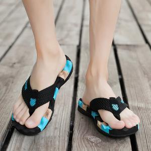 男士新款拖鞋夏季防滑韩版拖鞋夏天个性潮流时尚室外穿沙滩人字拖