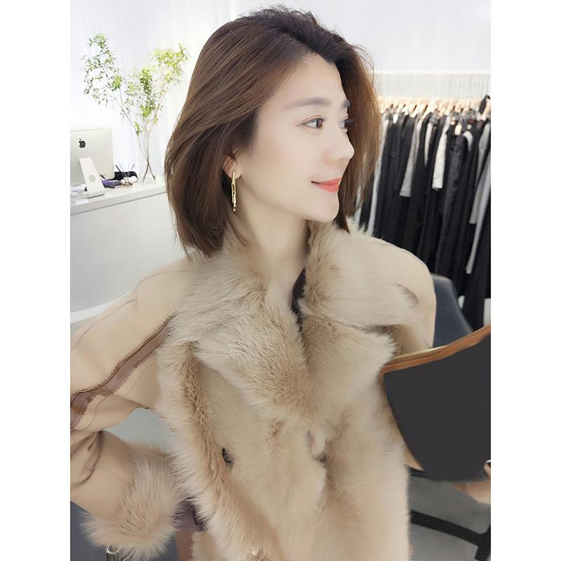 韩版气质卡其色皮毛一体毛绒短外套欧洲站冬季女装2019新款欧货潮
