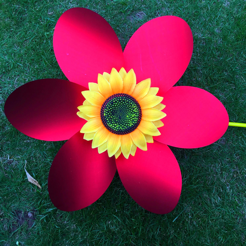 新鸿金色向日葵大风车手工幼儿园户外公园装饰道具儿童风车玩具