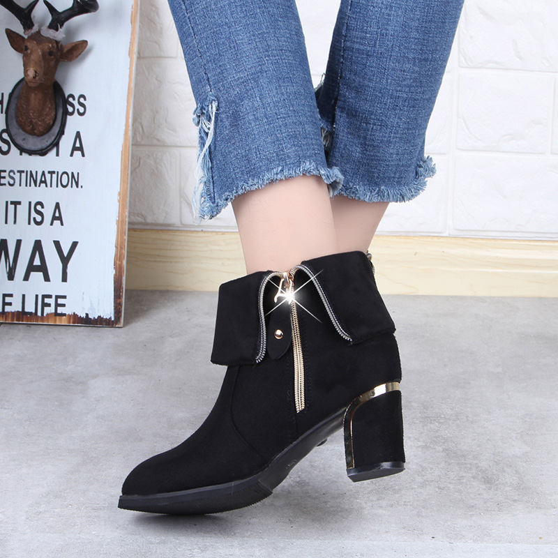 中筒靴女2018新款秋冬粗跟高跟磨砂皮英伦风女靴百搭拉链大码靴子