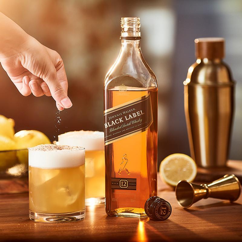 JOHNNIE WALKER 尊尼获加 黑牌 调配型苏格兰威士忌 1L+凑单品