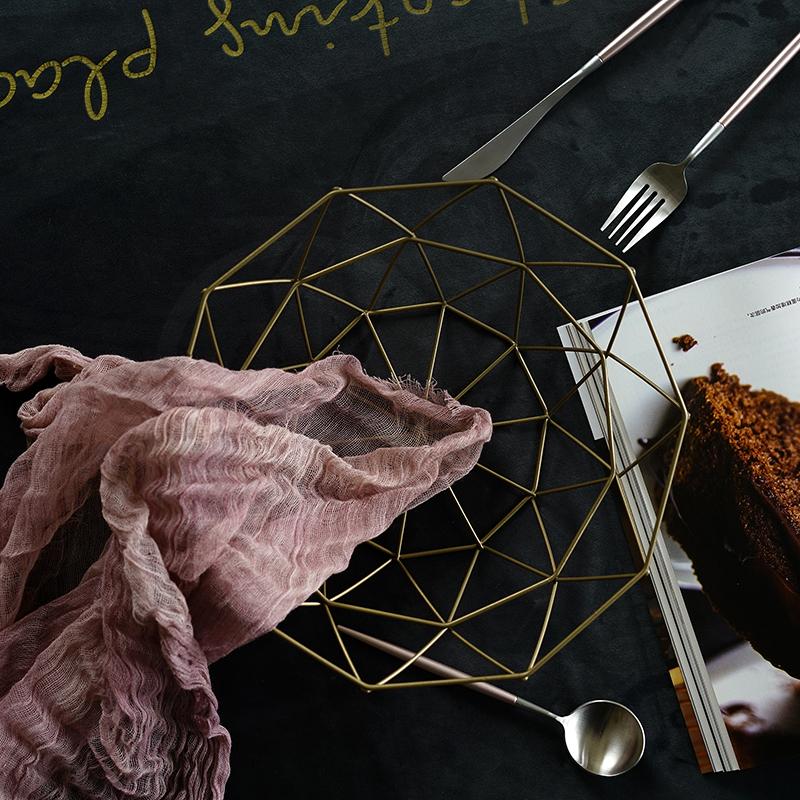 日子里 复古风金属沥水水果篮子铁艺镂空收纳框 创意家居客厅果盆