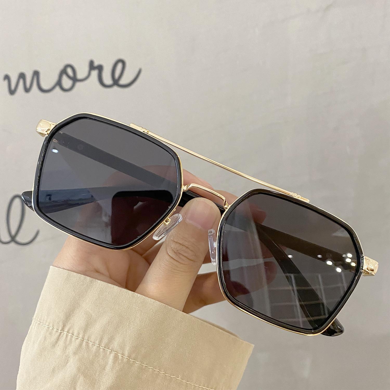 新款男女士陈伟霆韩版潮黑框茶色墨镜复古双梁开车防紫外线太阳镜