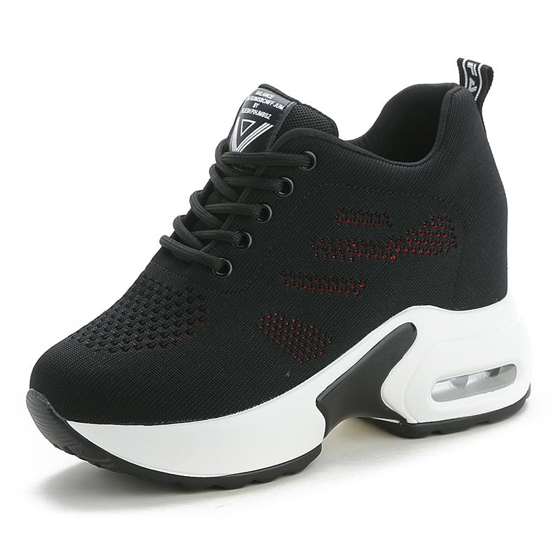 秋季内增高女鞋百搭新款2020运动鞋女透气单鞋休闲鞋旅游冬季棉鞋