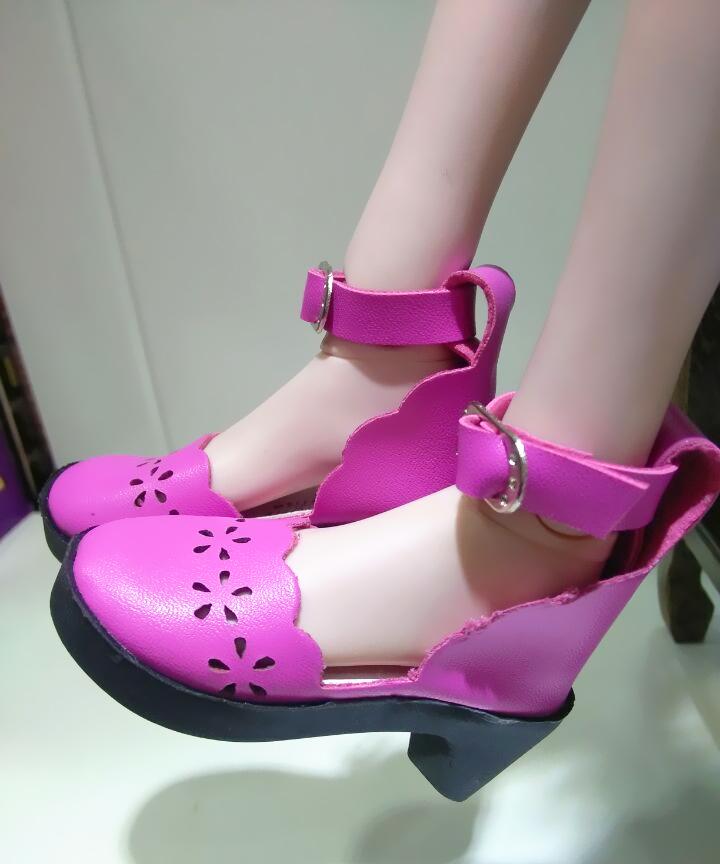 叶罗丽娃娃的鞋子 冰公主水晶高跟鞋孔雀白光莹60厘米图片