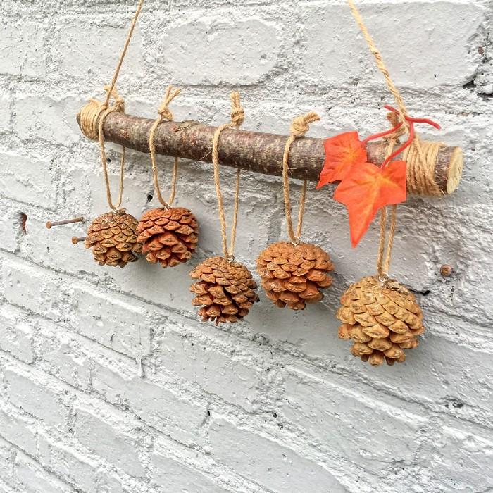 美式乡村创意手工松果挂件天然干树枝制作松果圆木片木夹挂件