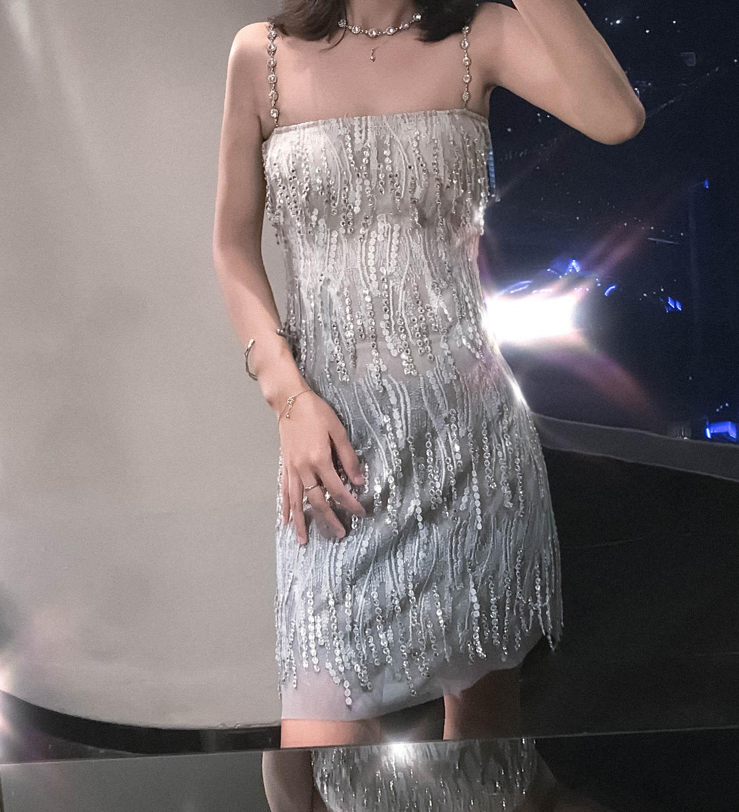 钱大大高端定制 抹胸性感镶钻水晶吊带钉珠蕾丝小礼服流苏连衣裙