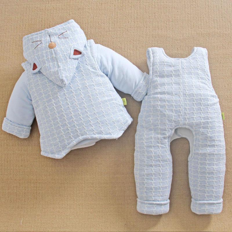 0-1一岁半男宝宝冬装衣服2棉服背带裤三件套婴儿棉衣套装加厚冬季