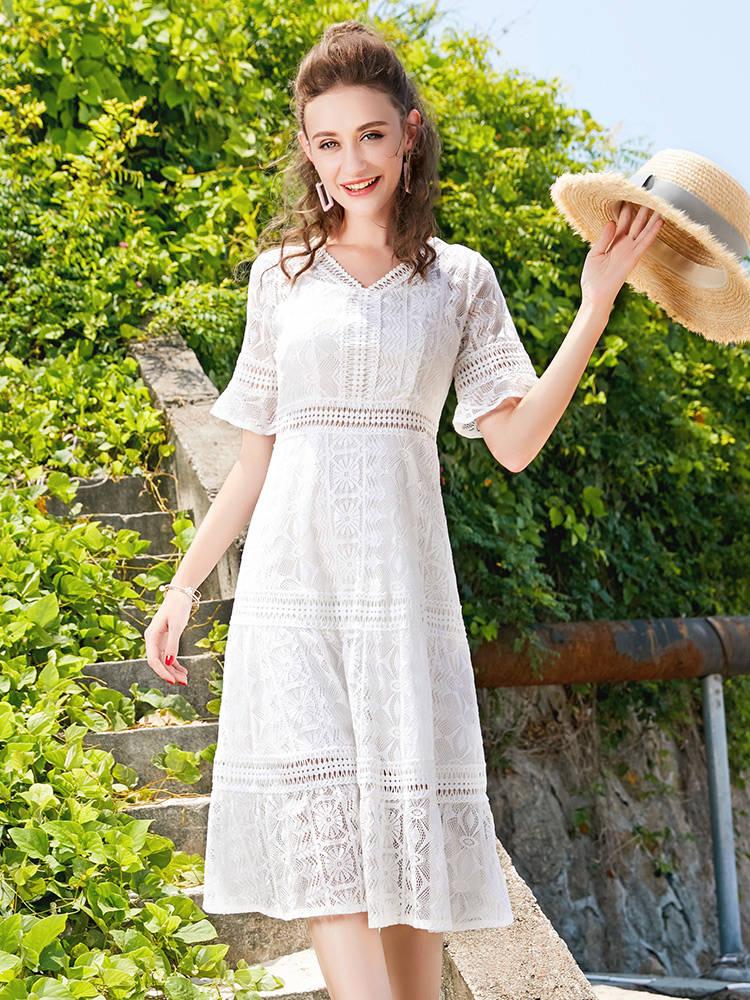 蕾丝连衣裙女2018新款夏高腰中长款温柔裙白色淑女长裙镂空裙子