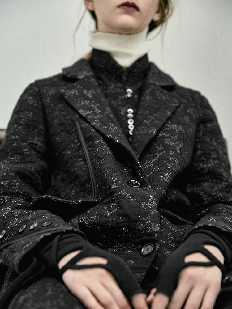 日着原创设计毛呢外套2018冬季新款 黑色提花呢大衣西装领长外套