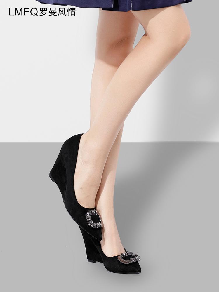 罗曼风情2018春季新款水钻磨砂坡跟单鞋女黑色尖头高跟鞋百搭女鞋