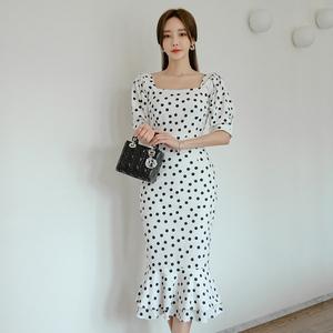 9363夏季新款方领波点短袖高腰鱼尾连衣裙
