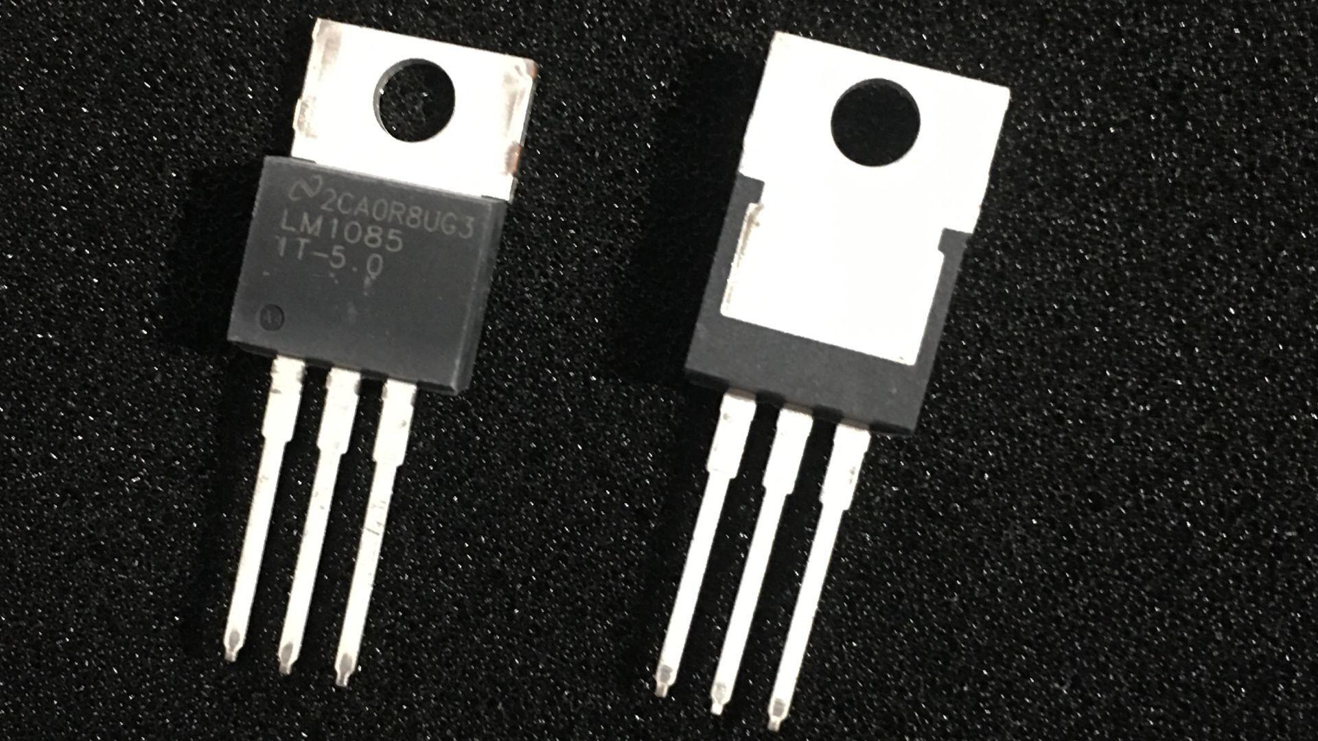 Интегральная микросхема TI LM1085IT-5.0 5V