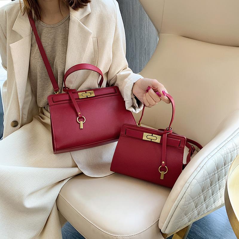 时尚复古红色包包女百搭手提斜跨包