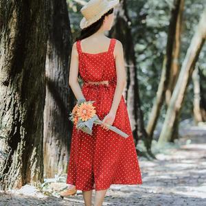 6441#【现货实拍】复古波点吊带连衣裙