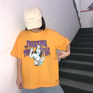 8826535棉 百搭街头涂鸦人像字母印花宽松男狗亚app官方下载安卓T恤