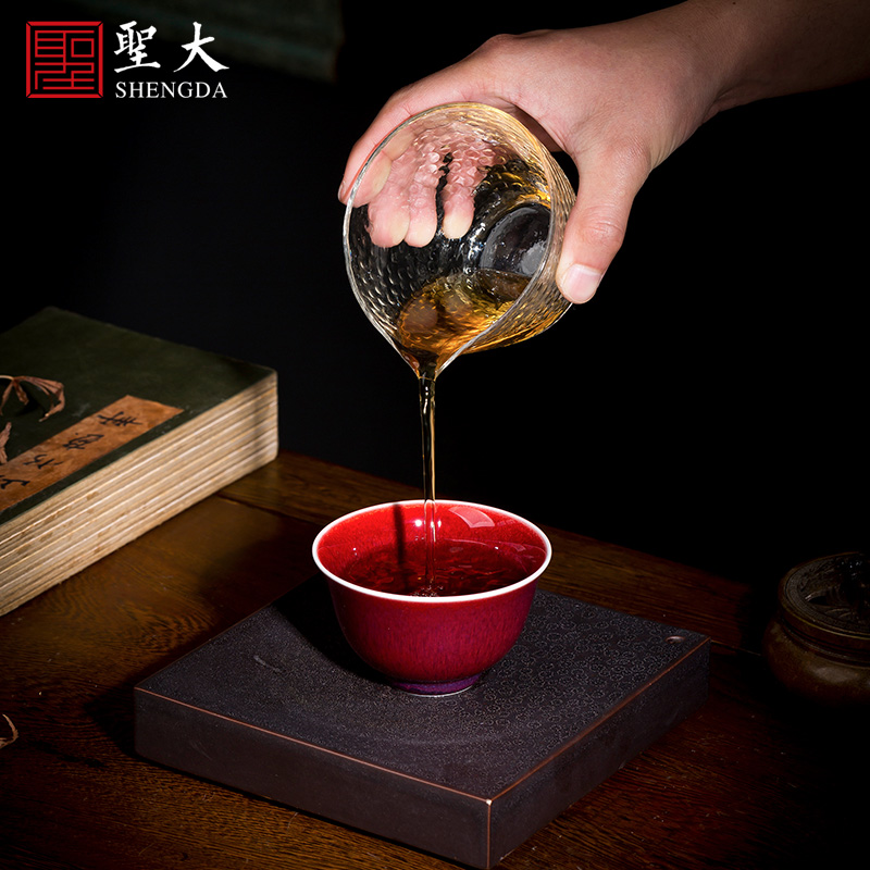 Holy big ceramic kung fu tea sample tea cup ruby red glaze gold and silver clouds, bats pattern master cup of jingdezhen tea service by hand