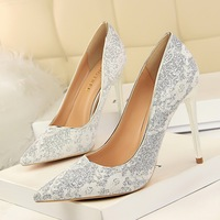 9511-13 European and American wind high party shoes high heels and sexy nightclubs with shallow pointed mouth single shoes wedding shoe lace