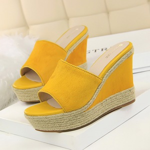 818-9 han edition rural wind high-heeled wedge bottom thick hemp rope weaving one word with contracted female cool slipp