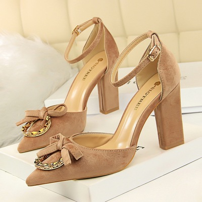 293-5 in Europe and the high and thick with hollow suede shallow mouth pointed metal diamond buckle bowknot is one word