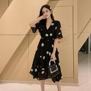 实拍~2020夏装新款V领喇叭袖波点裙子短袖雪纺连衣裙女潮