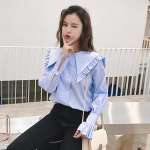 2019衬衣女设计感娃娃领喇叭袖蓝条纹衬衫慵懒心机上衣