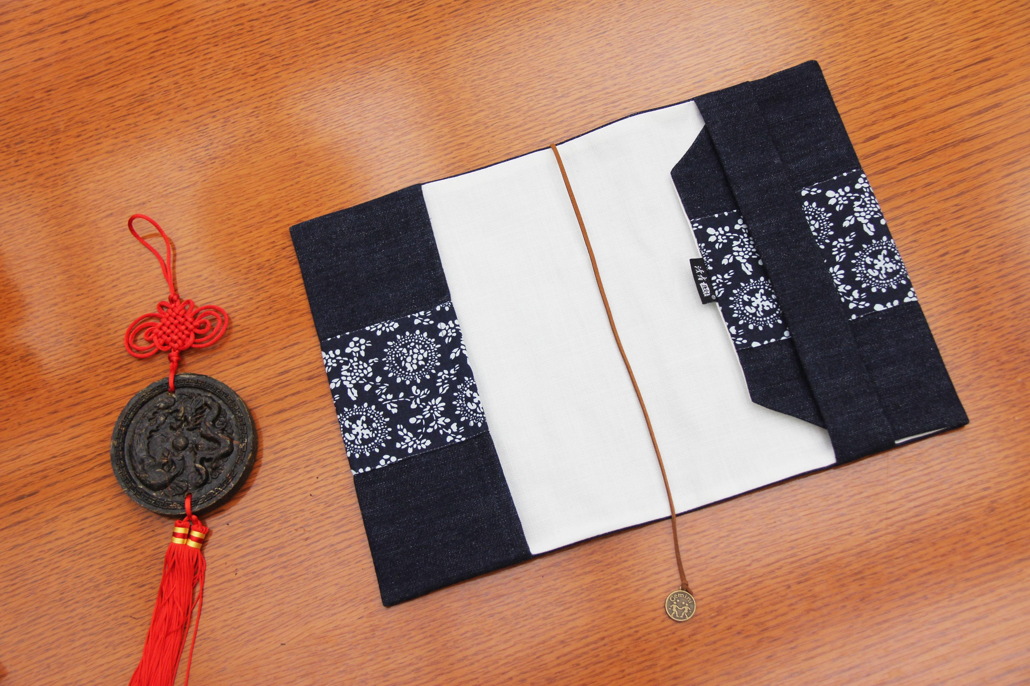 读者正品原创设计 可调节手工制作布艺书衣书套 花图片