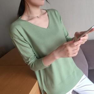 樱思春装2018新款韩版宽松休闲薄款针织衫女大V领纯色打底衫长袖