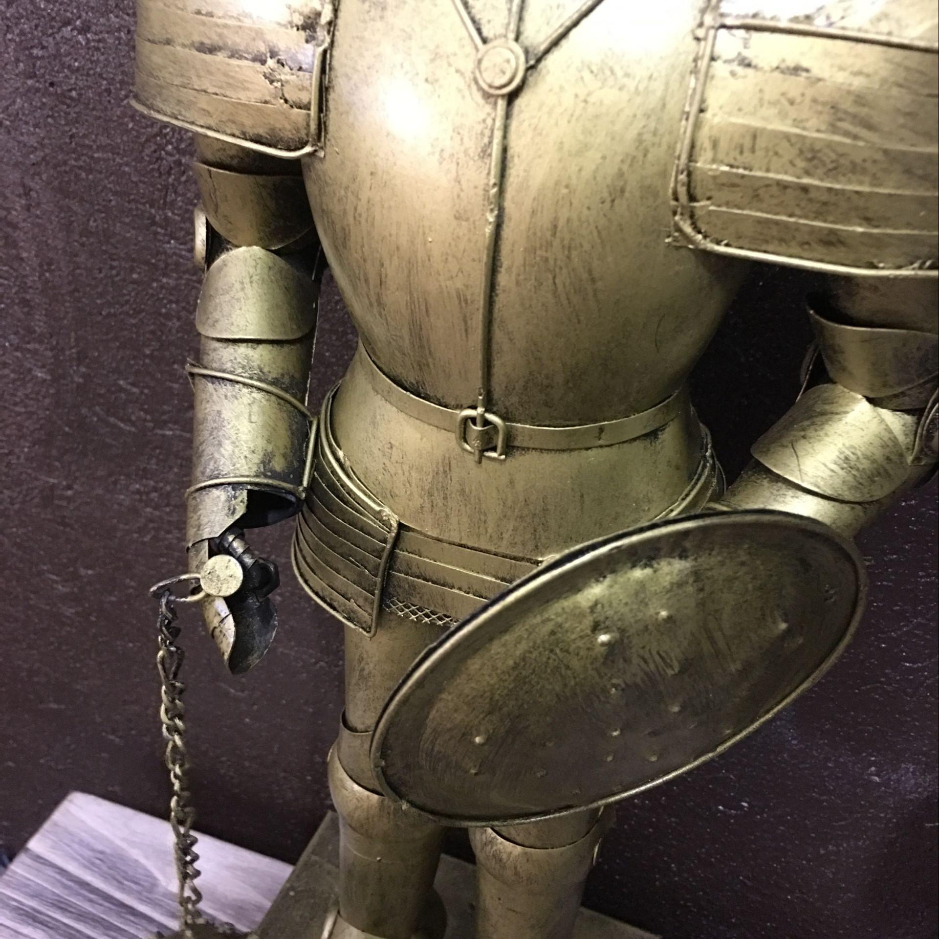 欧洲中世纪复古盔甲骑士模型铁皮人物摆件网咖酒吧咖啡厅家居软装_7折图片