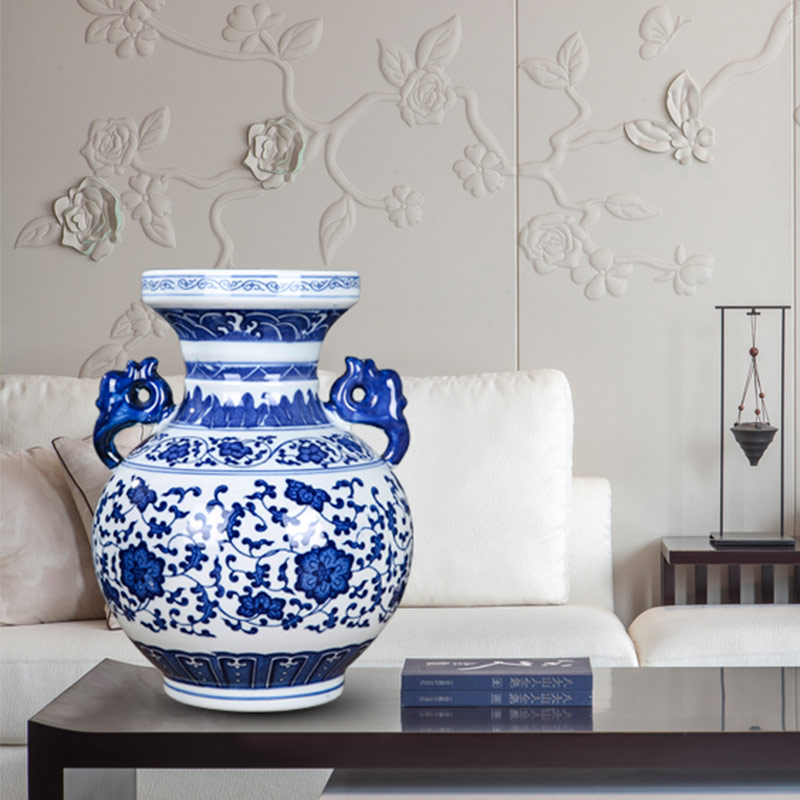 Jingdezhen ceramic antique ears blue and white porcelain vases, modern flower arrangement sitting room adornment of Chinese style household furnishing articles