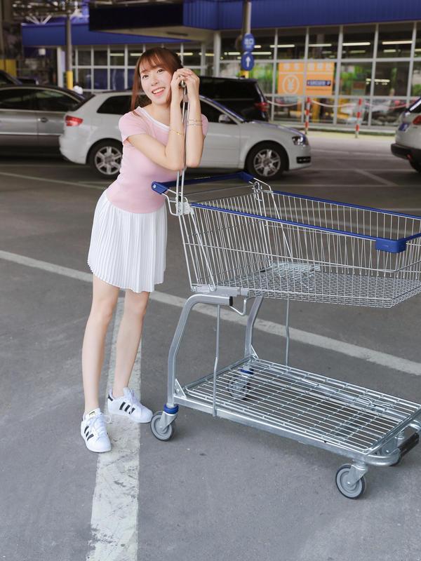 #买家秀#衣服质量好好~是针织的穿着却不会热,很舒服!穿着很好看,超级显身材的,很喜欢!