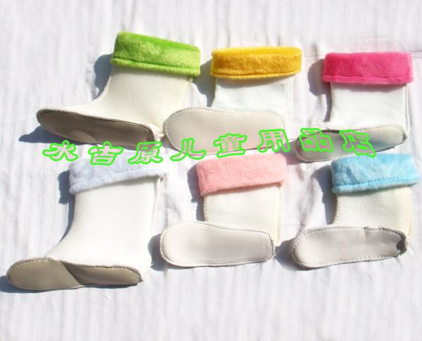 Сшить вкладыш в резиновые сапоги детские 3