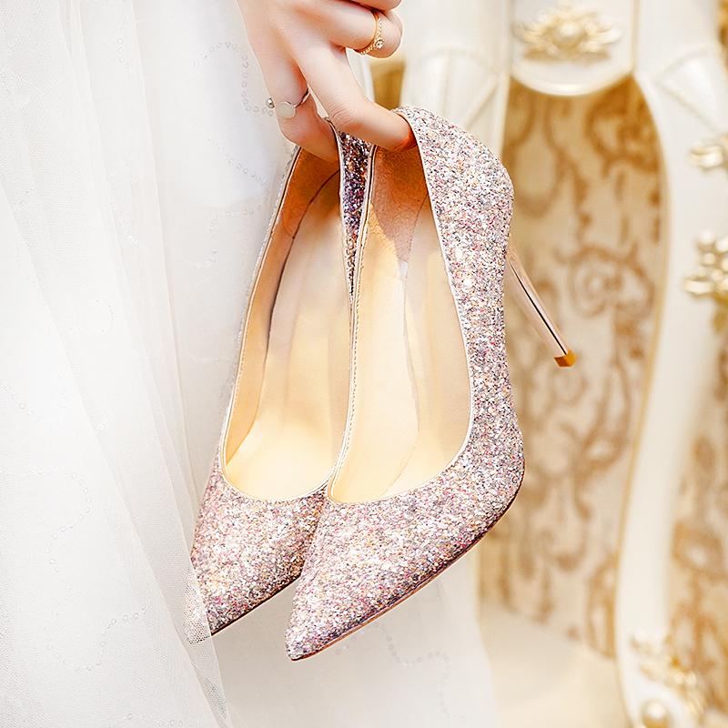 新娘结婚鞋子女2018新款亮片伴娘婚纱鞋水晶高跟鞋女细跟尖头单鞋