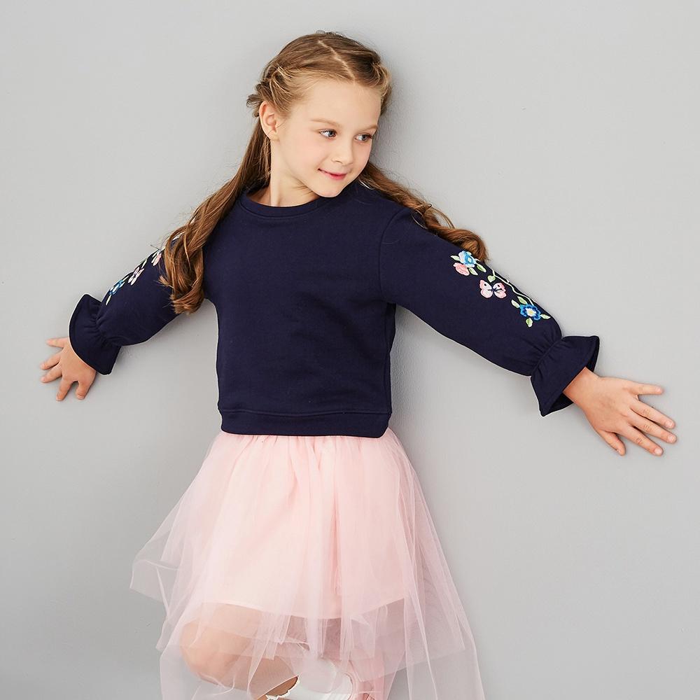 米喜迪mecity童装女童卫衣舒适棉喇叭袖子圆领绣花时尚卫衣