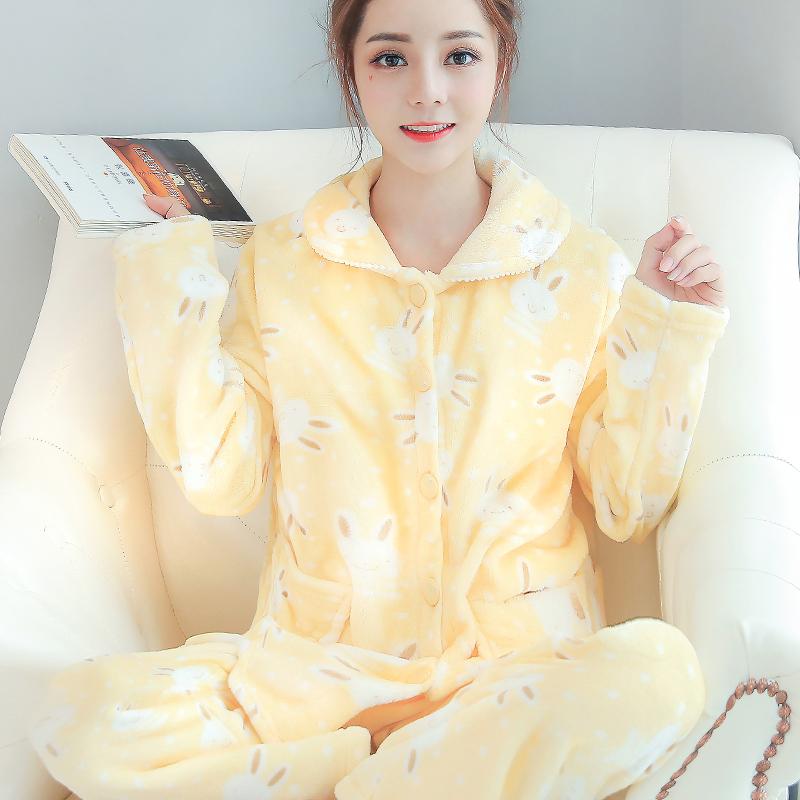 穿上这几款睡衣,让你在家也是时尚达人!